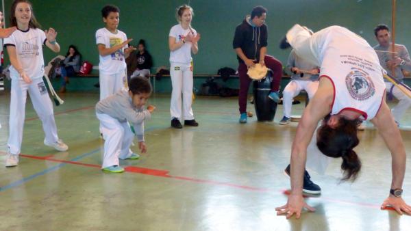 Capoeira_ikastaldirako_zure_izena_eman